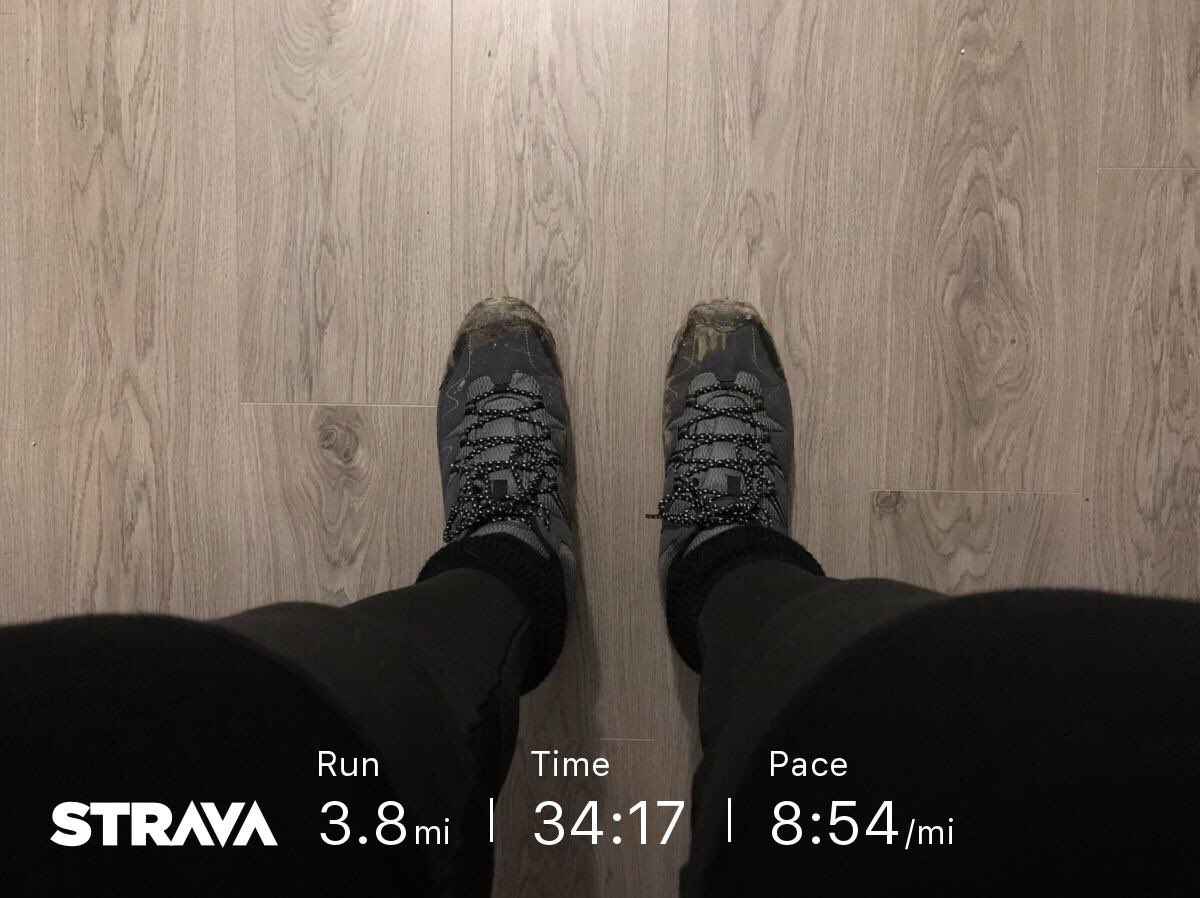💚🏃‍♂️@runsfordad @damekellyholmes Thanks for the encouragement this morning.I went for a slow & steady run.I feel much better for it.And yes,those are walking boots,I don't have any trail shoes!🙈🤣I can't let a bit of ice stop me from training for @Wiganhalf!  #IMOAC