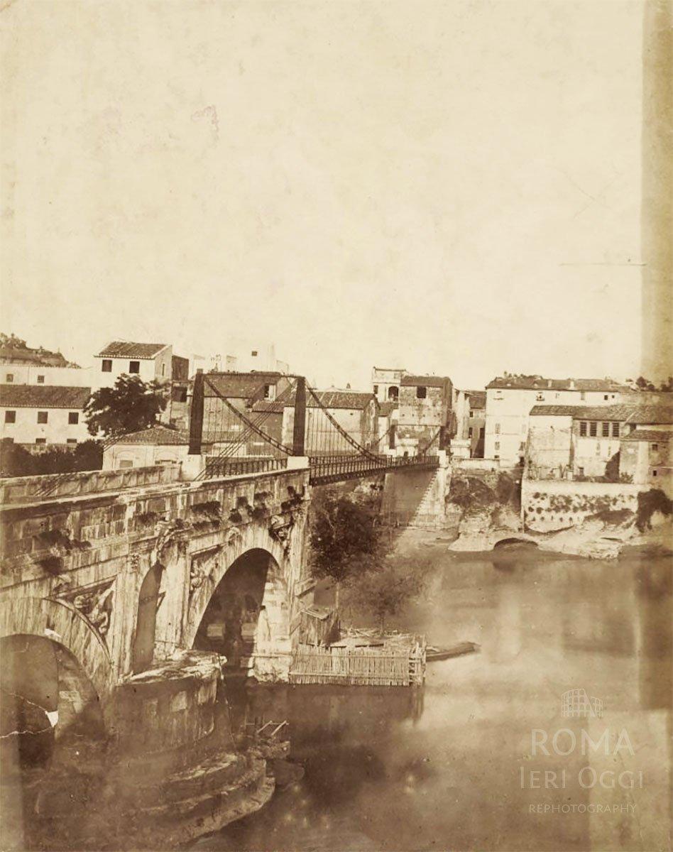 Ponte Rotto (1865 ca) Ancora presente la passerella metallica. :)