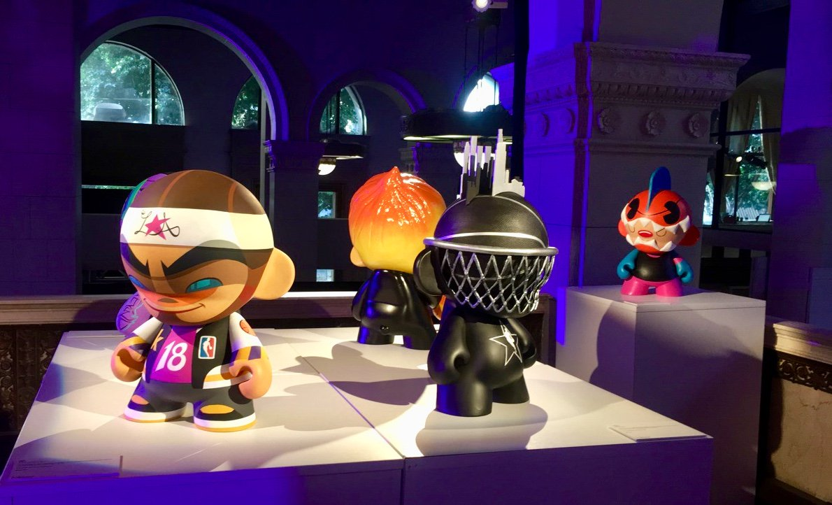 Check out this amazing collaboration between the @NBA and @Kidrobot – they're auctioning off these pieces for charity at http://www.charitybuzz.com/kidrobot till the end of the month! NBA #Kidrobot #Munny #Charitybuzz #Art #NBAAllStars #vinyl #JohnnyDraco #KANO #JRYU