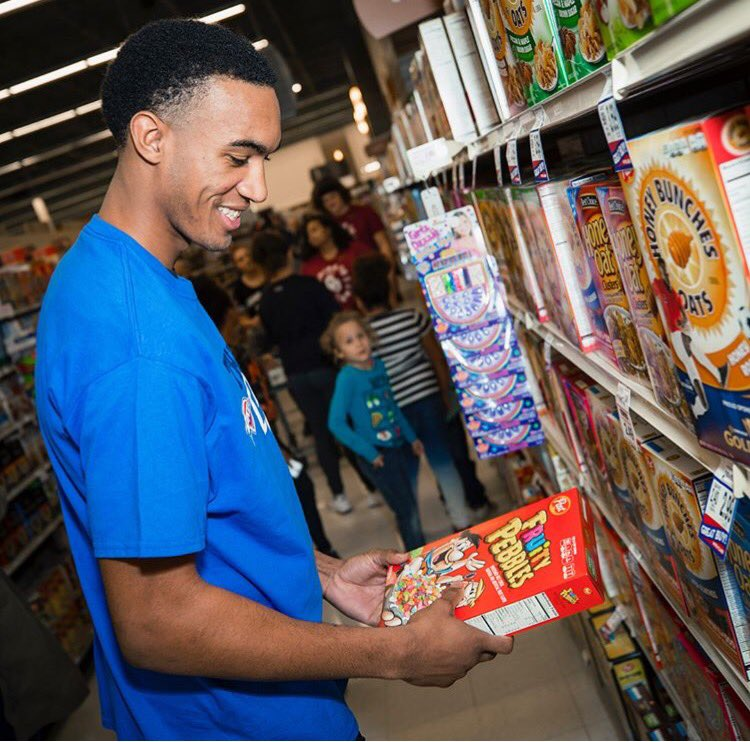 Find someone who looks at you the way Terrance Ferguson looks at Fruity Pebbles