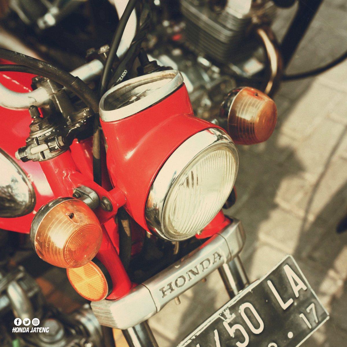 Hondajateng Photos And Hastag Tags Trend Topic Cb150 Verza Cash Wheel Bold Red Jepara Honda Central Java Makin Tua Mempesona Btw Masih Ada Ga Nih Yang Pakai Motor Klasik Untuk Aktivitas Sehari Hari Kapan2 Kita Riding Bareng
