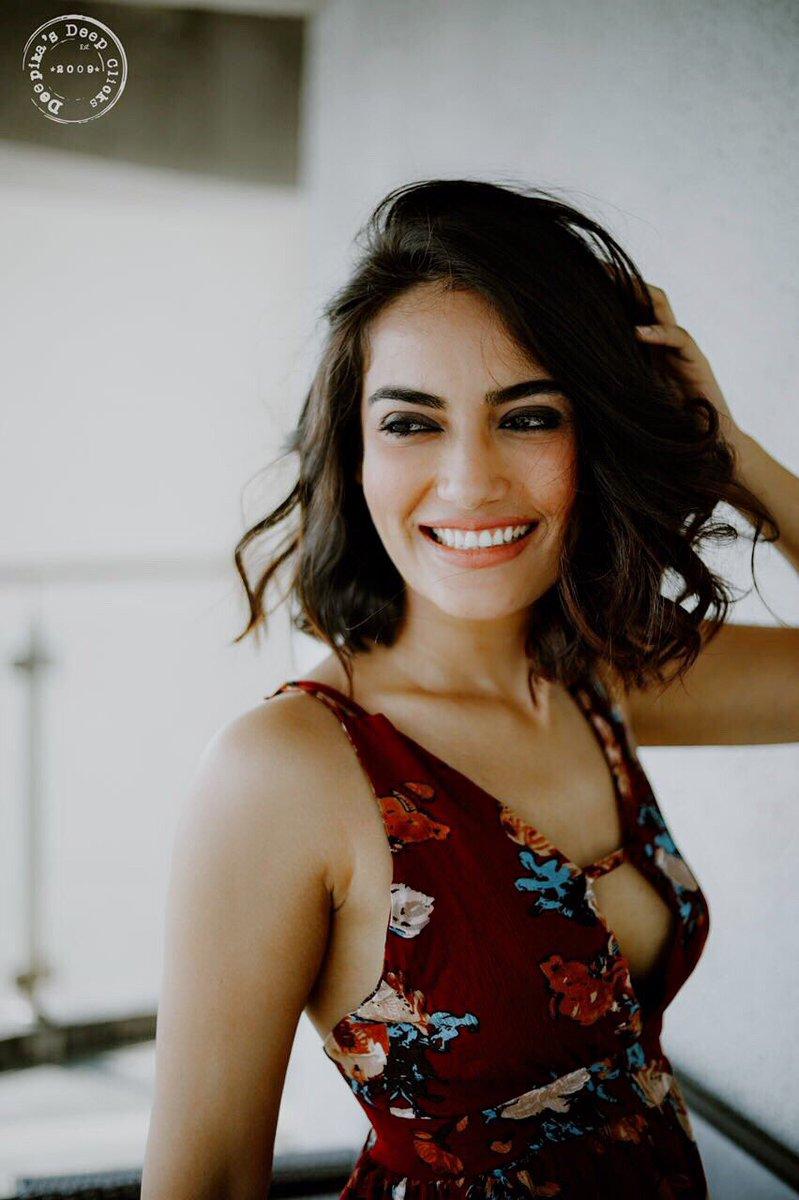 surbhi jyoti 2018