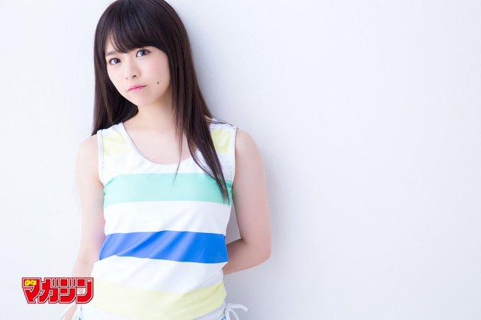 洋服が素敵な倉野尾成美さん