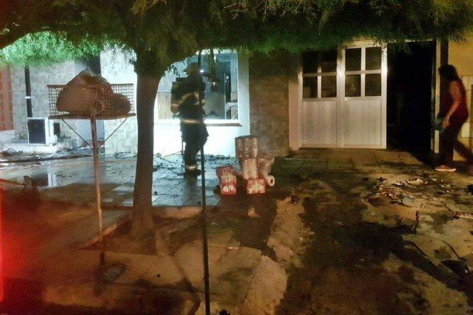 Ingeniero Luiggi | Voraz incendio destruyó una vivienda