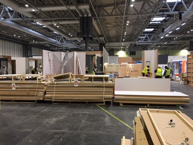 Romans installation team are busy at #kbb18 @thenec #futurekbb  building our stand E70 Can't wait to see the finished product on sunday! #MadeinBritainGB #Mibhour #ukmfg #snowdays
