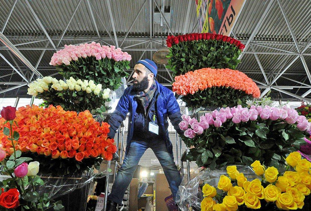 Оптовые поставщики, цветы москва 8 марта