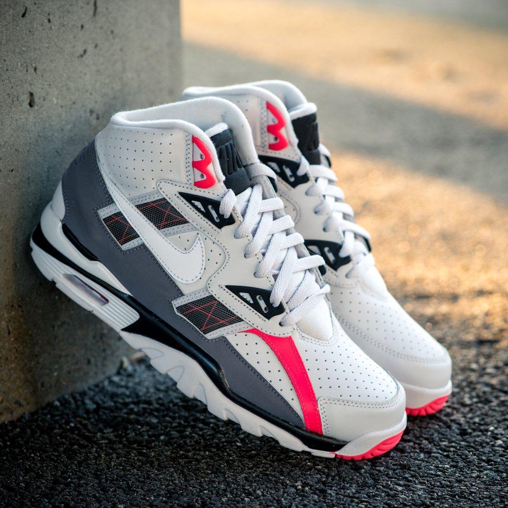 e8dc5234ff40 GB S Sneaker Shop on Twitter