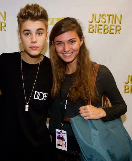 Francesca on twitter happy birthday bae justinbieber so many 2012 believe tour meet and greet lol why didnt i put my bag down why does justin look like a cardboard cutout could my face get any more m4hsunfo