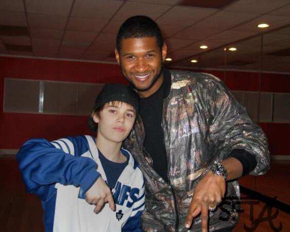 Usher Raymond IV top tweets