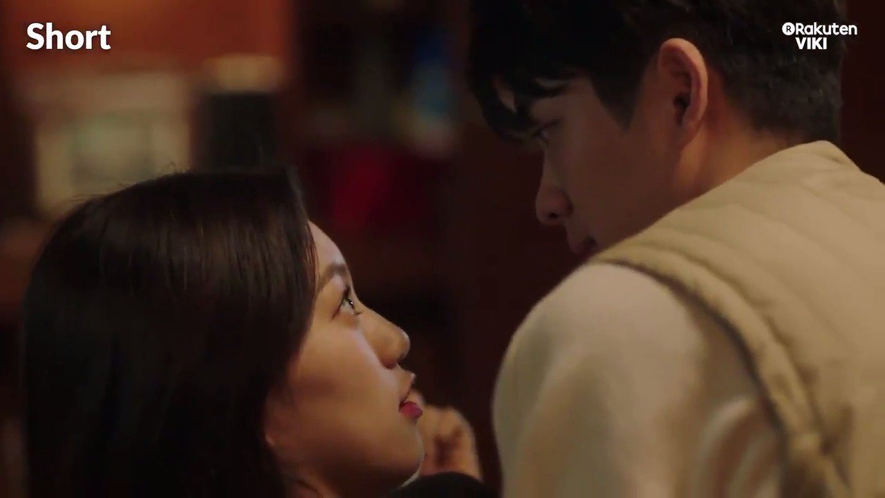 #KangTaeOh catches #KimDoYeon! How cute! Find them in #Short on #VikiTV: https://t.co/zClGgUW7OB https://t.co/EOMXfHfCnQ