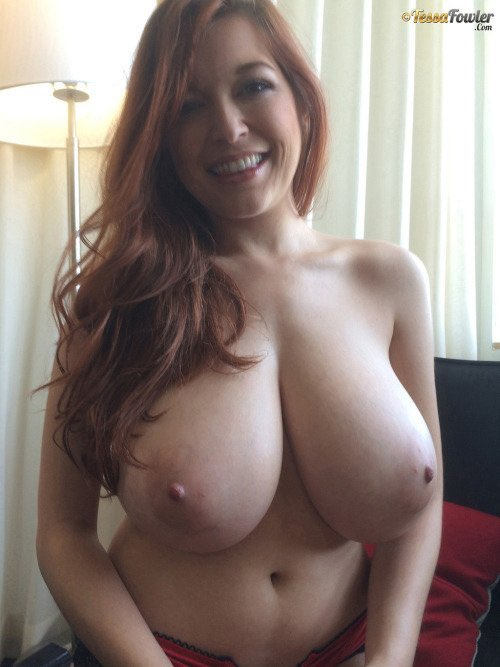 Tessa Fowler's behind-the-scenes candids are every bit as fantastic as her studio shots.  https://t.co/wyj3N8xpue
