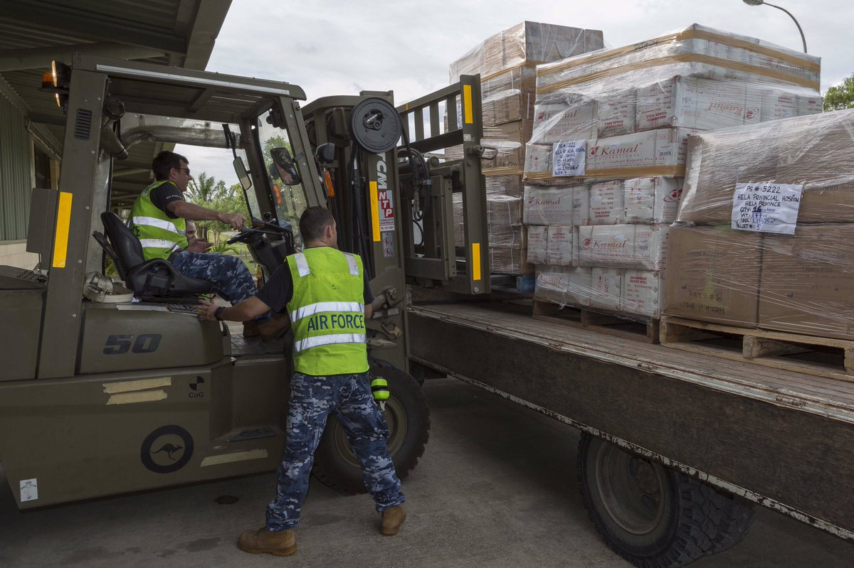 #YourADF continues to assist in #PNG transporting humanitarian aid, medical supplies & PNGDF personnel to earthquake affected communities