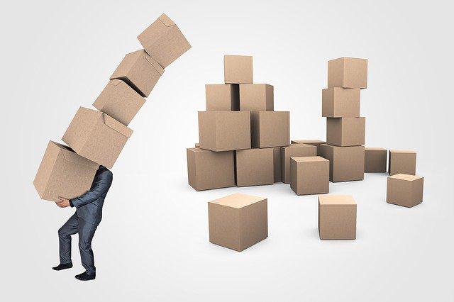 日本までの長期輸送に備え、荷物は丁寧に梱包しましょう。海外引越しはパッキングリストの作成も忘れずに。   #海外赴任 #海外勤務 #帰国 #荷造り #引越し