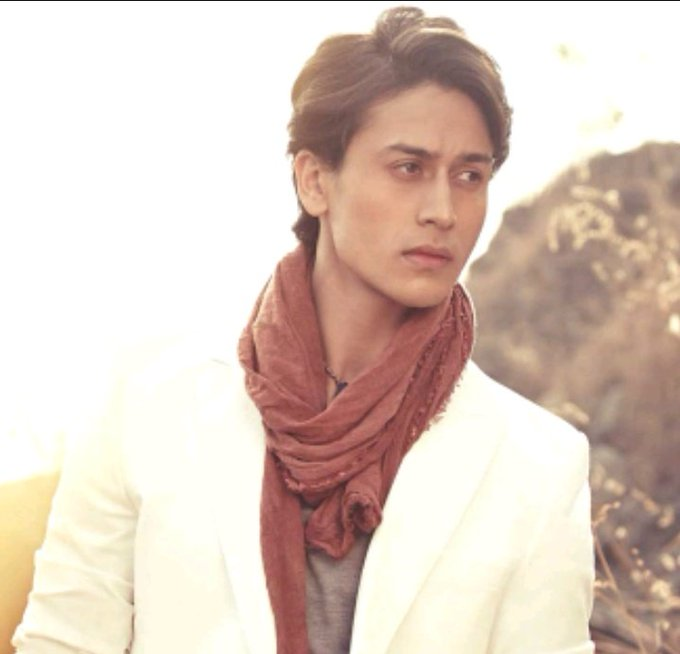 I wish for all of your wishes to come true..!! Happy birthday tiger shroff..!!