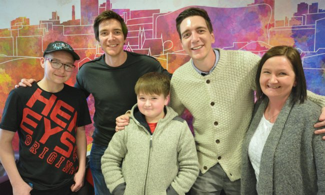 James And Oliver Phelps Young James Phelps (@James_P...