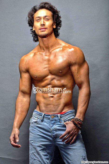 Happy birthday to you tiger shroff I love u so much