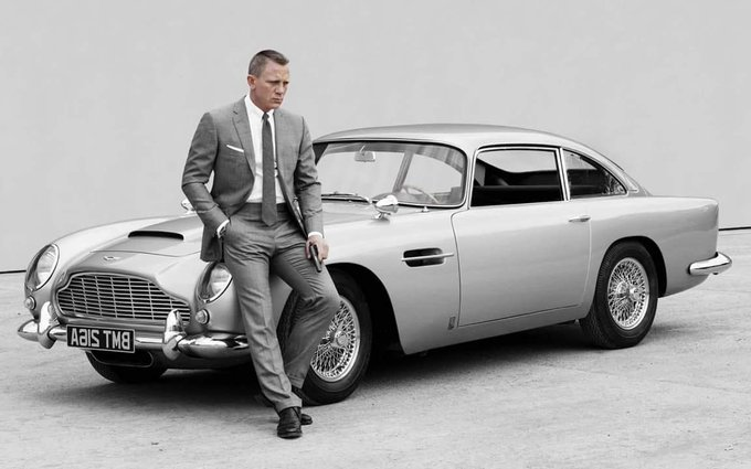 Happy Birthday Daniel Craig!!