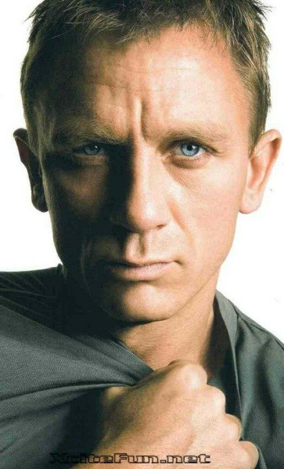 Happy 50th Birthday to Daniel Craig!  (03/02/68)