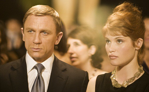 Auguri a per i suoi 50 anni!  Happy 50th birthday to Daniel Craig!