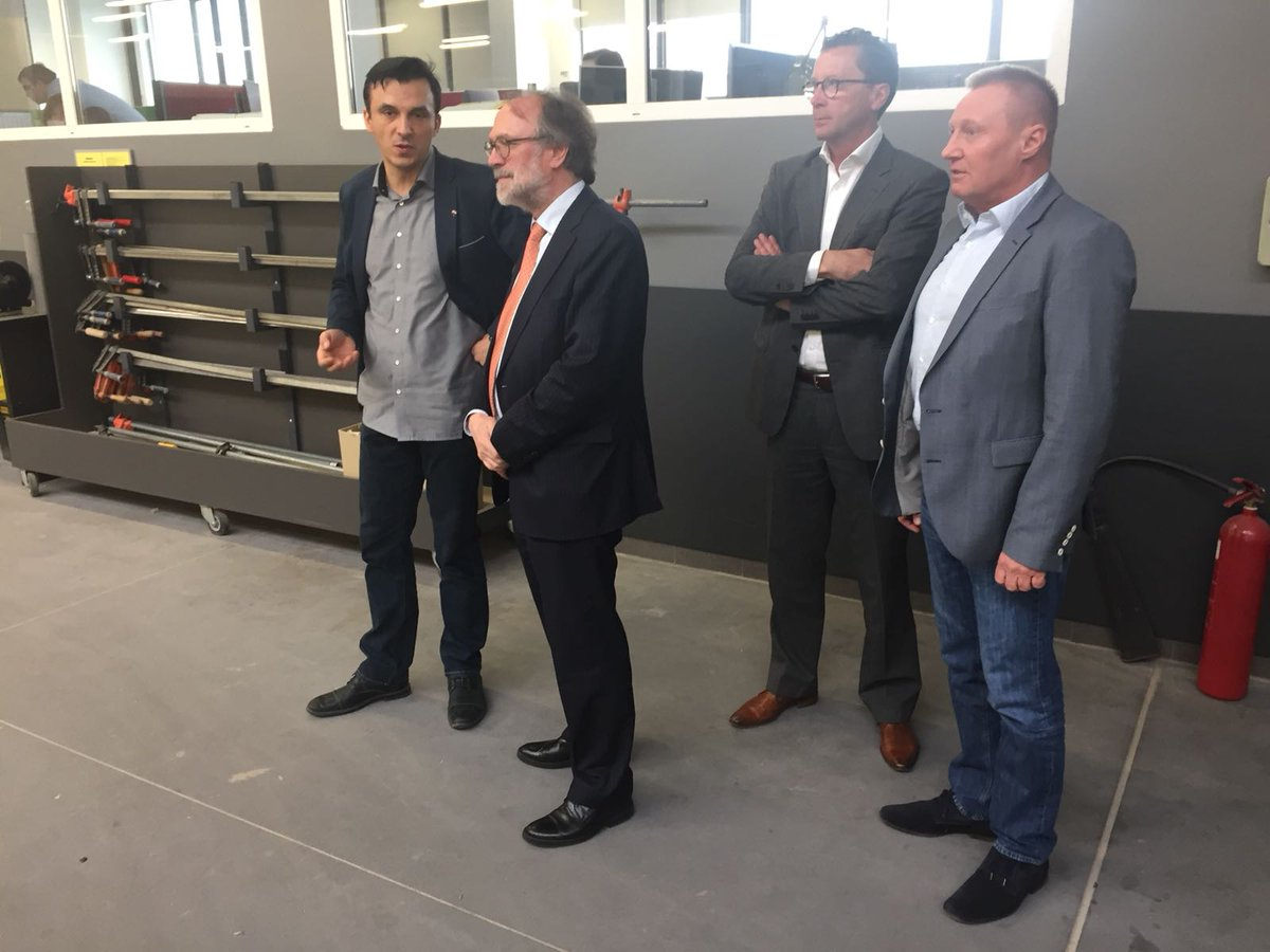 smeulders interieur ambassador van dartel nlinpoland visits smeulders produkcja a dutch company with its headquarters in the dutch town of