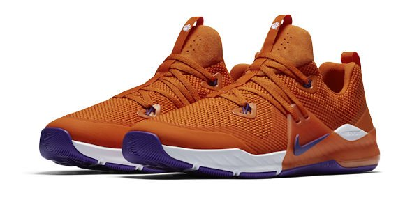 51d82d8e85e Get yours before popular sizes run out! Click here to support TigerNet and get  your just released Clemson Nike shoes  http   bit.ly 2FM8iG6  pic.twitter.com  ...