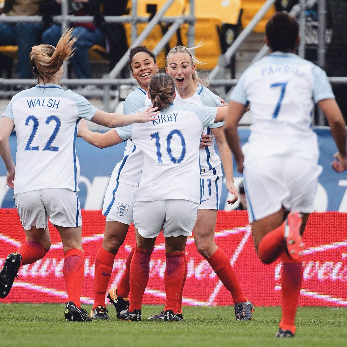 #TFW your hard work pays off 👯👯  Yesterday's match reaction 📰 http://the-fa.com/6aaC9b