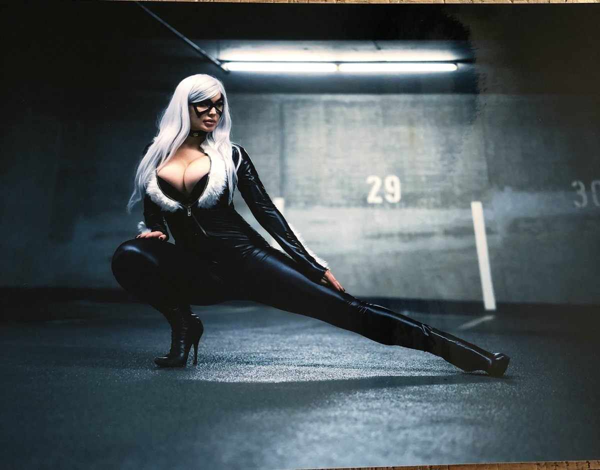 Spider-Man: Black Cat cosplay by Veronika Black