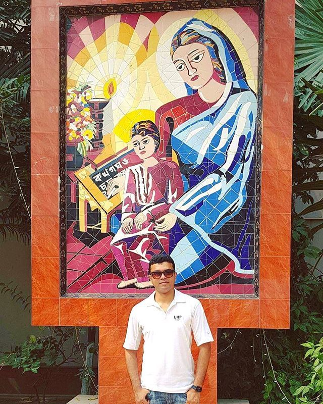 test Twitter Media - At my college, after a decade! #NDC #NotreDameCollege #College #Alumni #NDCAlumni #reunion #Dhaka #mothermary #bangladesh https://t.co/UjCqeYdwyh https://t.co/lXk34TVLz2