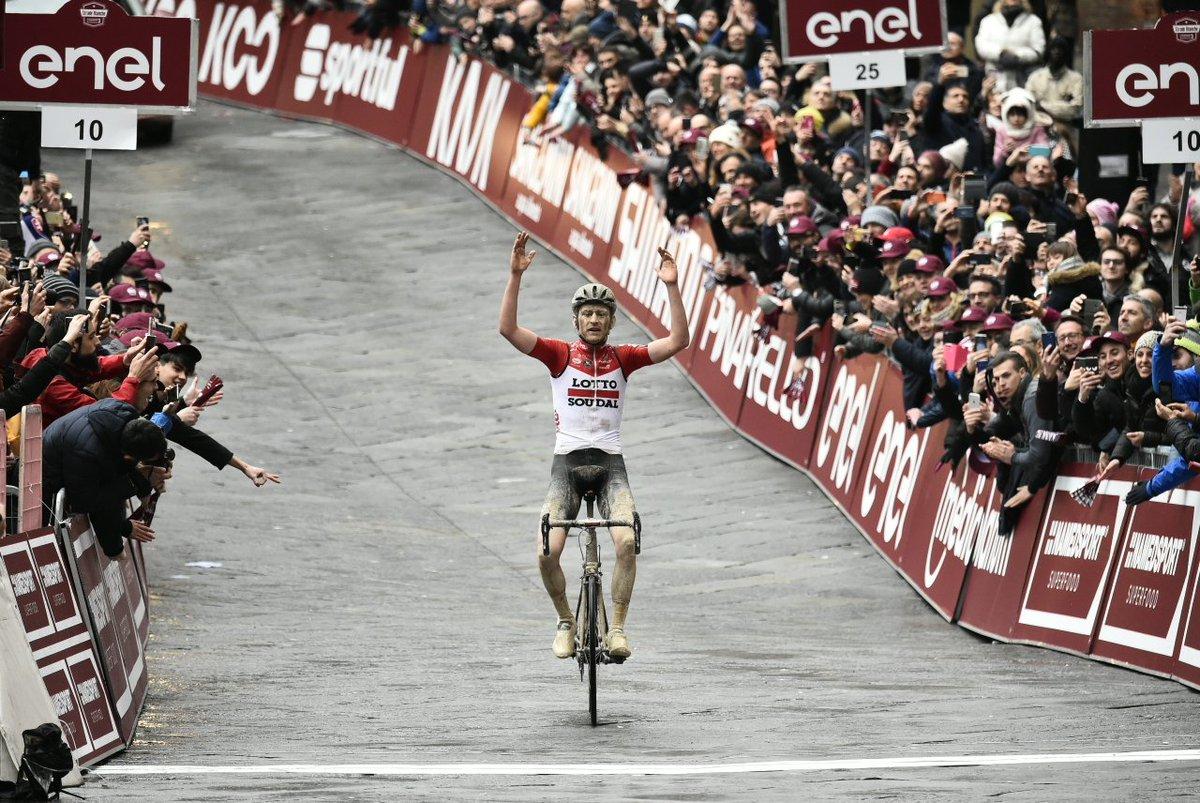 Awards cyclistes de PCM Village 2018 - Page 8 DXYDWaZX4AAoM-K