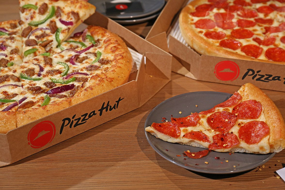 If pizza, pasta, breadsticks, or wings are one of your go-to foods, download the Pizza Hut app, which is the fastest and easiest way to order and lets you: Find locations near you Get Pizza Hut promo codes.