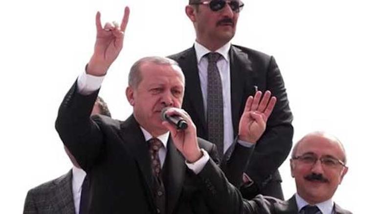 Erdogan marries Turkish ultranationalist salute with that of Muslim Brotherhood kurdistan24.net/en/news/2bfb15… #TwitterKurds #Turkey #Syria