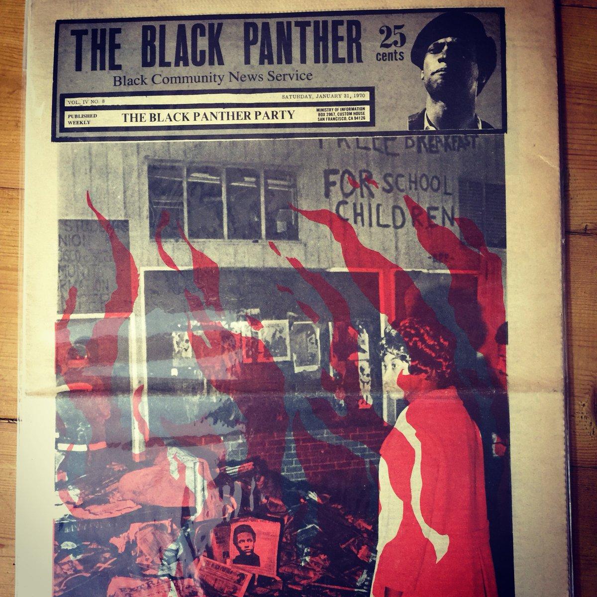 パンサー X 1970年のブラックパンサー党の新聞