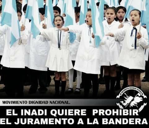"""EL INADI (movimiento que nació con el kirchnerismo ) QUIERE PROHIBIR EL JURAMENTO A LA BANDERA, acotando que el juramento promueve el """"odio hacía otras culturas"""" por jurar y defender una sola bandera, ya que el mundo es multicultural  y multipolar😱😱😱 #Inadi #NosTapoElAgua"""