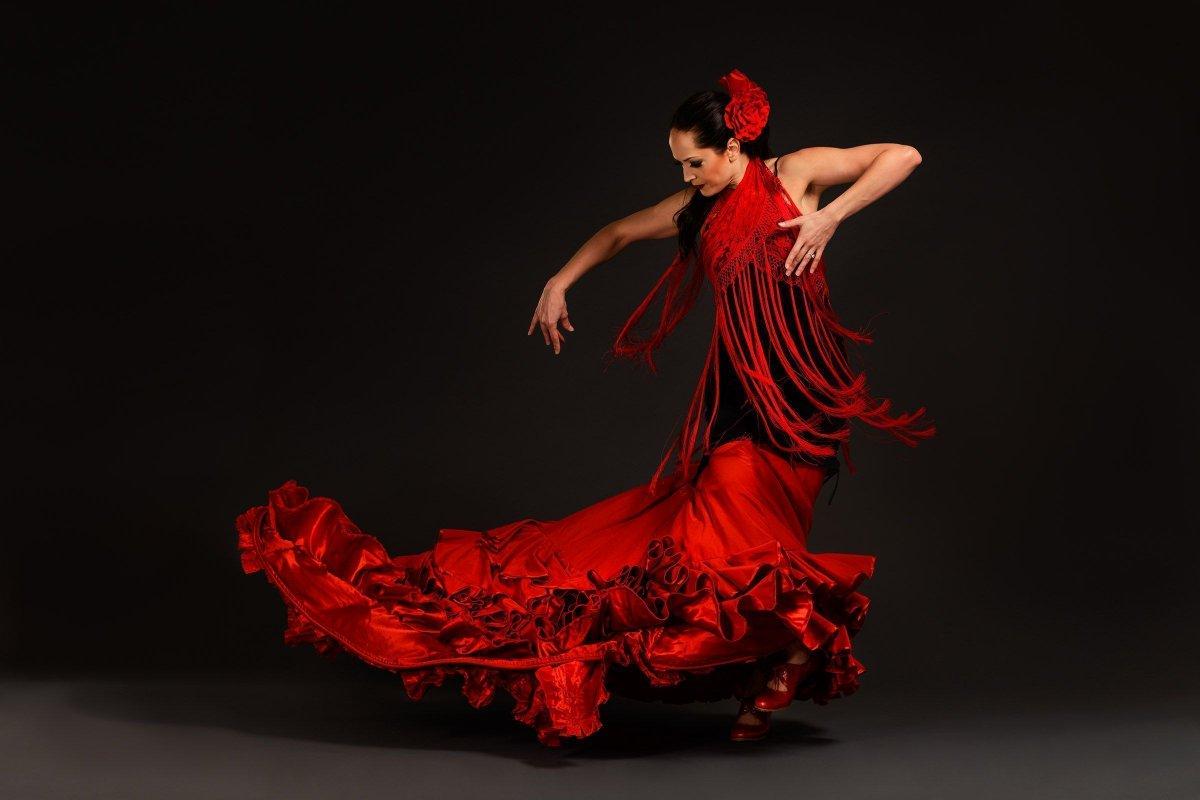 Танец женщина картинки