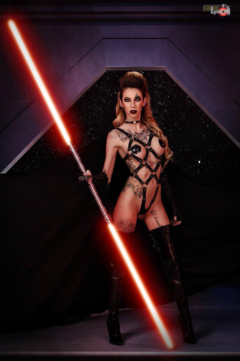 Jennifer Lynn  - sublimelight twitter @modelJenlynn cosplay,starwars,darkside,sith,jedi