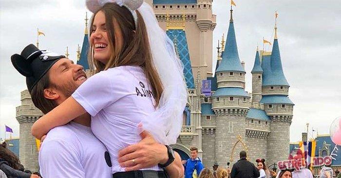 Camila Queiroz e Klebber Toledo terão Walcyr Carrasco como padrinho de casamento https://t.co/SrV32YBIWX
