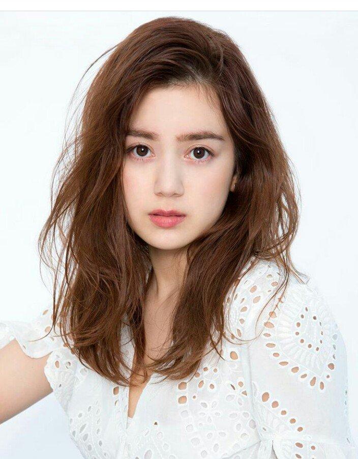 髪型もかわいい奥真奈美