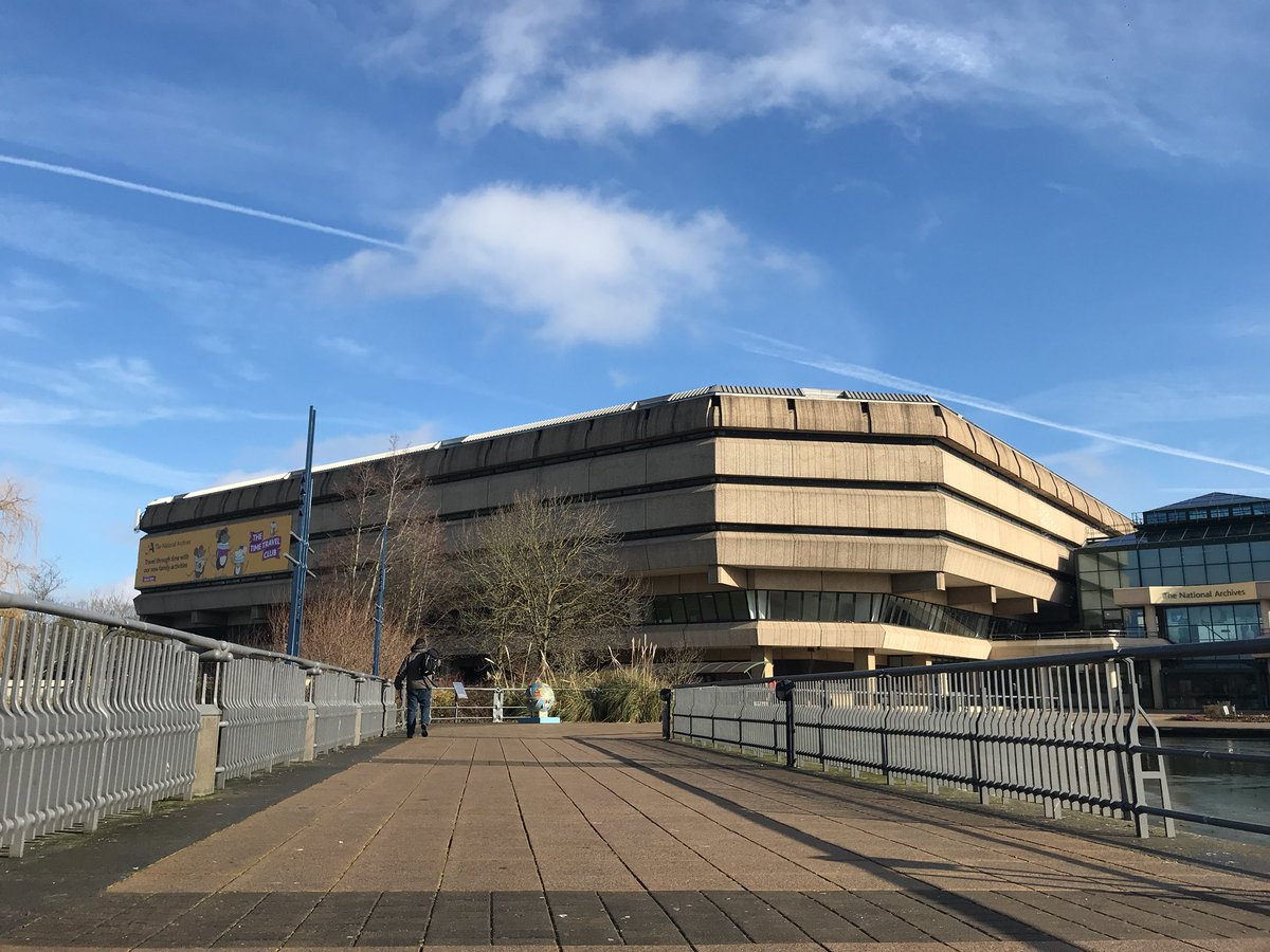 On my way to #AgileP in sunny Kew, West London at the @UkNatArchives. Hoping to learn more about how to get better outcomes for agile supplier teams in government.