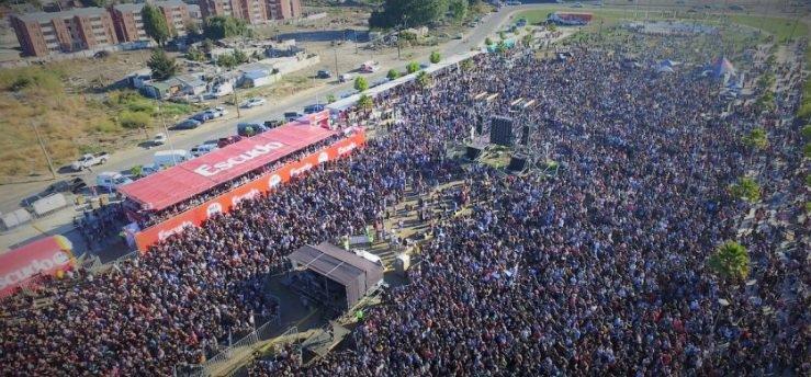 @RockEnConce 120 mil almas rockearon dur...