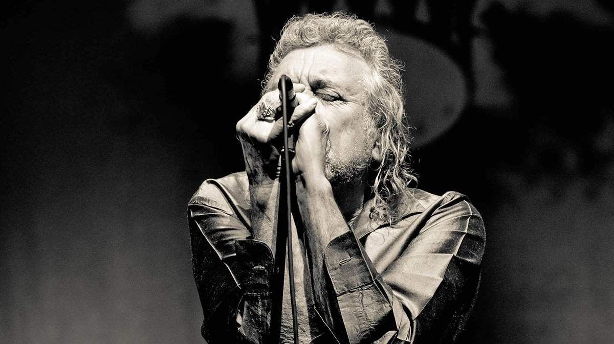 RP & the Sensational Space Shifters will return to North America for new #CarryFire tour dates in June! Special guests include @SherylCrow, @HappyWoman9, @JimJames, @LosLobosBand, @ElleKingMusic, @SethLakemanNews & @TheJonLangford: robertplant.com/timetable