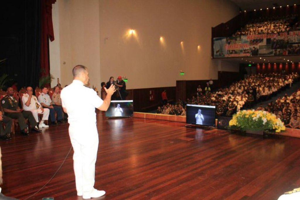 Tag todossomoschávez en El Foro Militar de Venezuela  DXiQOaLX0AAiTwA