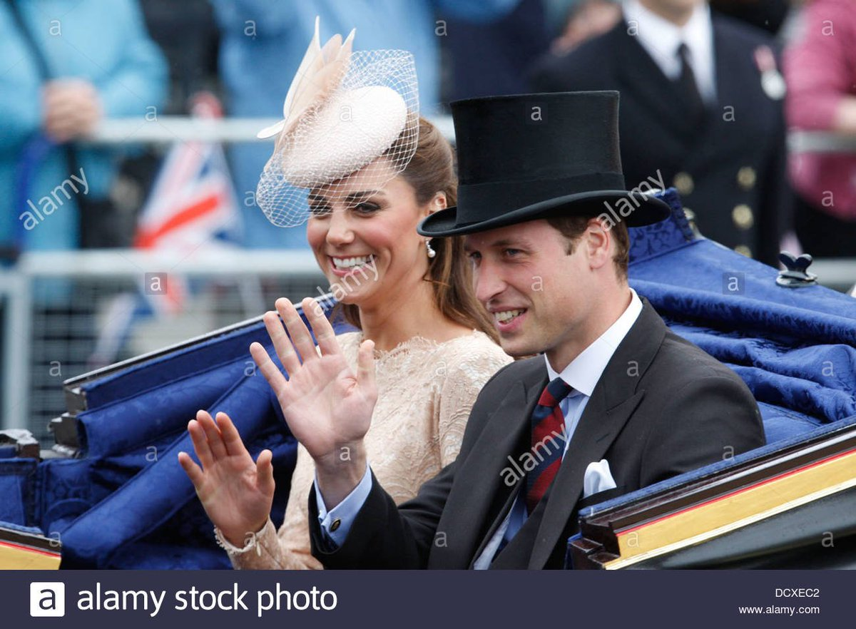 #royal #flashback T.R.H. The Duke and The Duchess of Cambridge during the Carriage Procession from Westminster Hall to Buckingham Palace, 2012