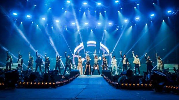 La gira @OT_Oficial arranca en Barcelona ante el delirio de más de 17.000 personas que llenan el @PalauSantJordi. ¿Seguimos? 16/3 MADRID 29/5 LAS PALMAS DE GRAN CANARIA 30/5 SANTA CRUZ DE TENERIFE 1/6 MÁLAGA 2/6 SEVILLA 8/6 A CORUÑA 15/6 VALENCIA 23/6 PAMPLONA Pronto más fechas