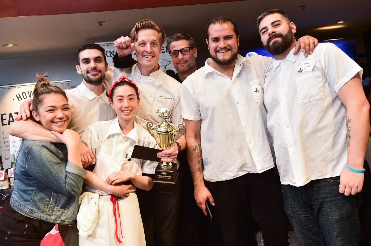 Congratulations to this year's #SanFran champs and their amazing team 🙌 @McmillanJeremy @ayeshacurry @internationalsmoke @attparkofficial @massanaturalmeats 🏆👑🐷 #ChampionsOfPork #SF
