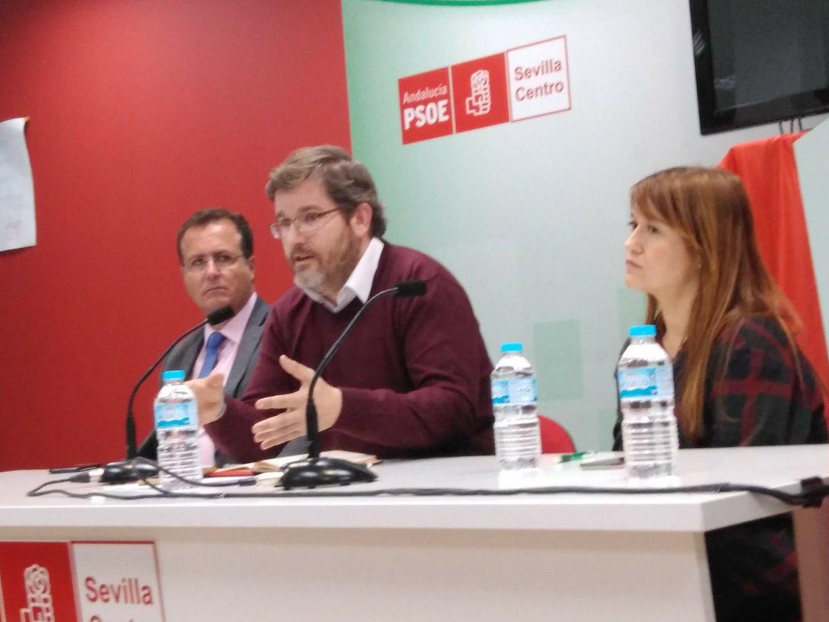 Hoy hablamos y analizamos los retos de la socialdemocracia con @iurquizu en la Casa del Pueblo de Sevilla Centro. #JóvenesConstruyendoElSur