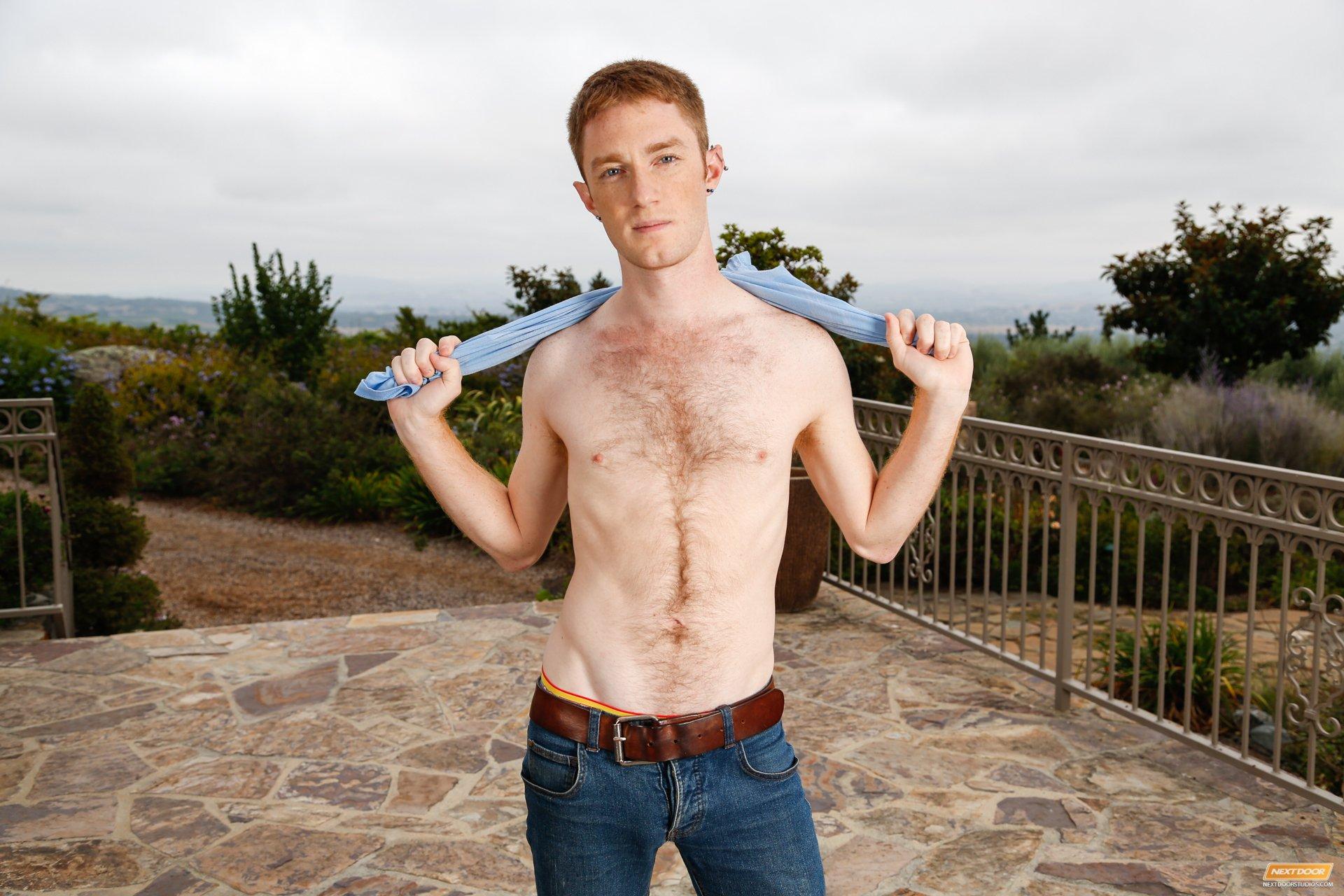 huge dick love Horny gay guy
