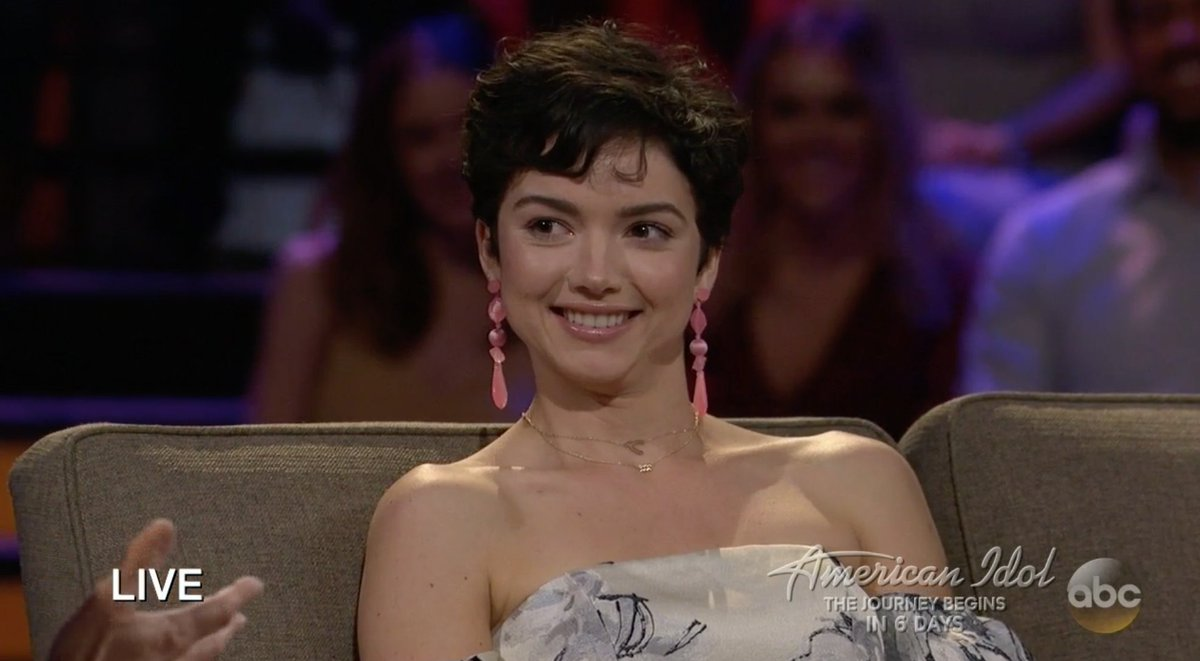 Bekah Martinez - Bachelor 22 - Discussion - Page 14 DXkgHOxWAAA931T