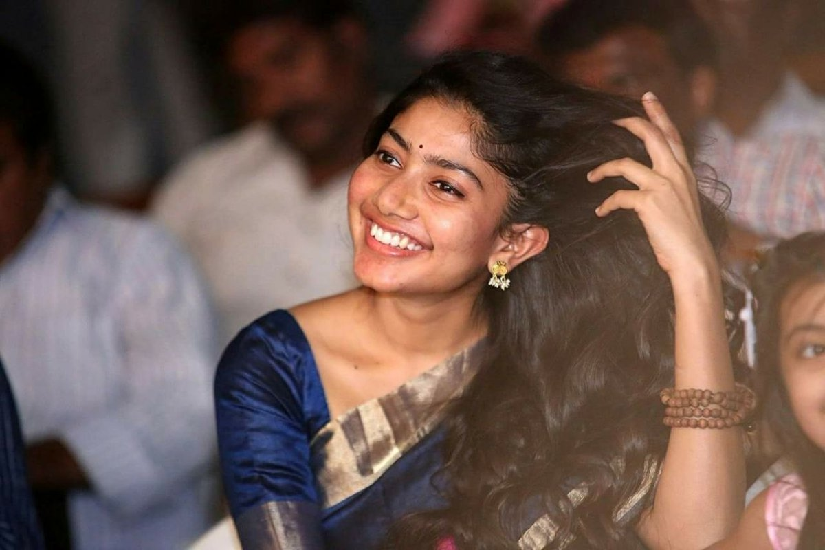 "Sai Pallavi having ""SECRET AFFAIR"" !?!"