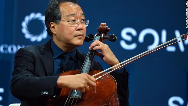 Yo-Yo Ma visited the seven adult Turpin children in a California hospital and gave them an impromptu performance cnn.it/2FjOIQu