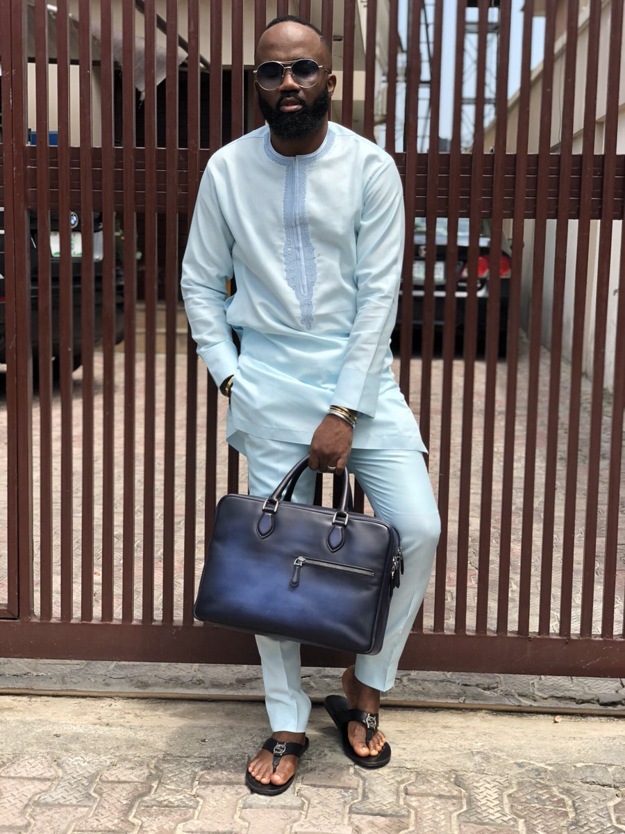 DXmiAbhX4AA60Os - Top 5 Male Fashion Bloggers In Nigeria